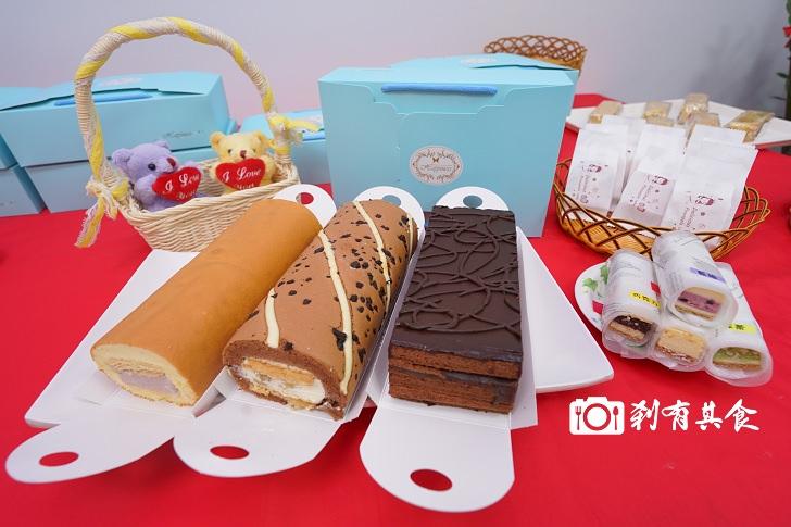 糖鑫 HoneyBaby幸福甜品屋 | 台中手作甜點 天然無添加的好吃蛋糕捲 裡面居然有加起酥皮