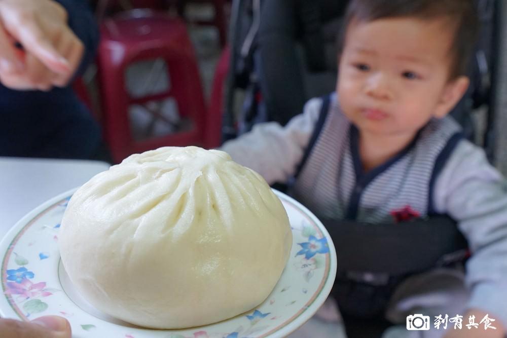 高家肉包 | 台中東區美食 手工多汁肉包配餛飩湯 力行國小旁 ( 早餐限定 )