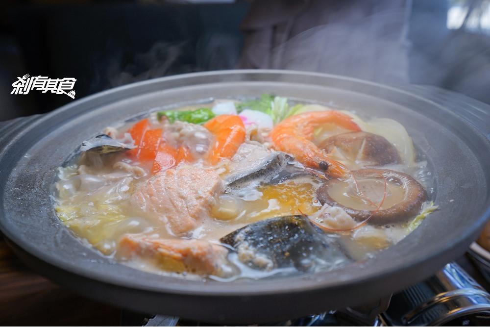 手信大佬日本料理    好吃用心的日本料理 推鮭魚石狩鍋 生魚片 握壽司
